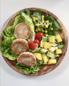 Fiskekaker med deilig salat